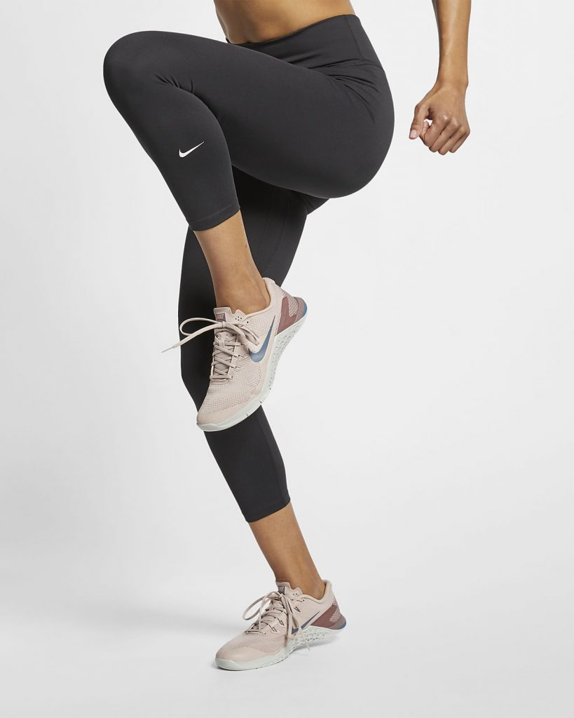 Nike One Women's Mid-Rise Crops